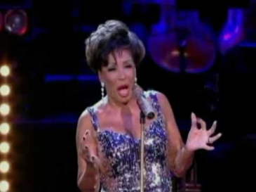 Shirley Bassey - Almost There (w/ Tom Baxter) (2009)