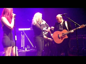 kim wilde-four letter word@O2 Shepherd's Bush Empire 21-12-2013